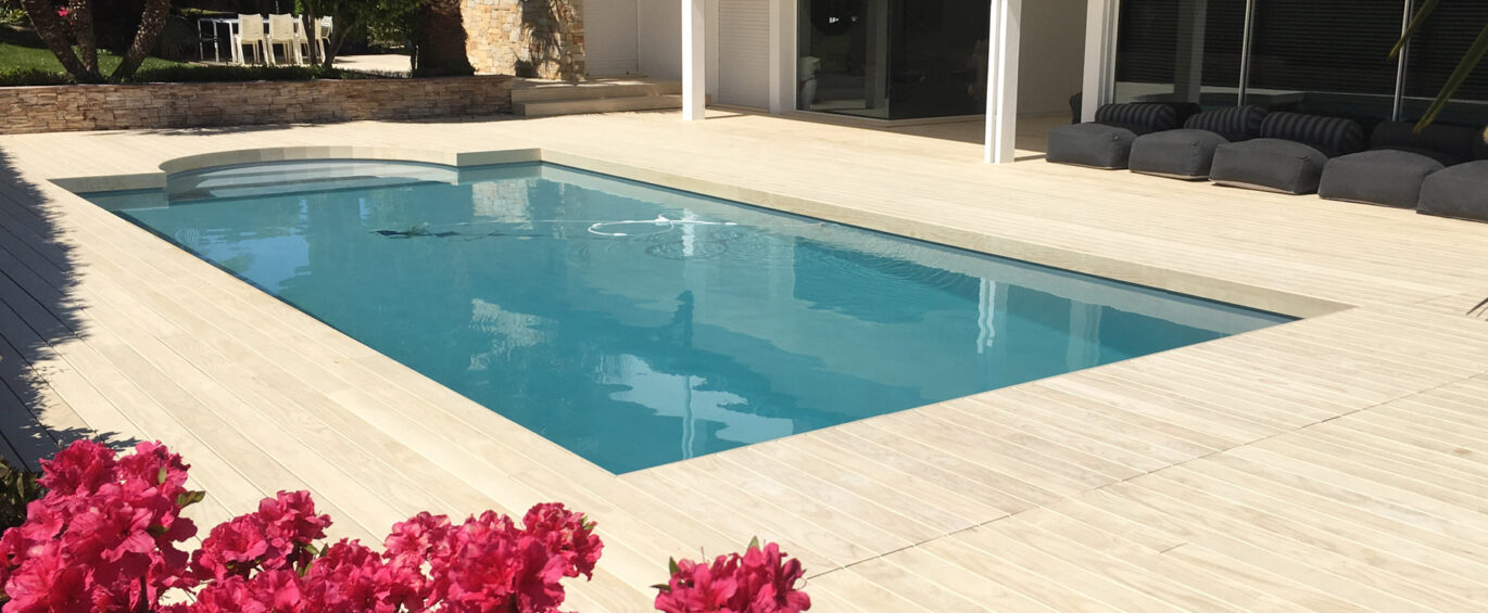 Accoya-wood-decking---natural-pools,-Biarritz,-France.feature-image