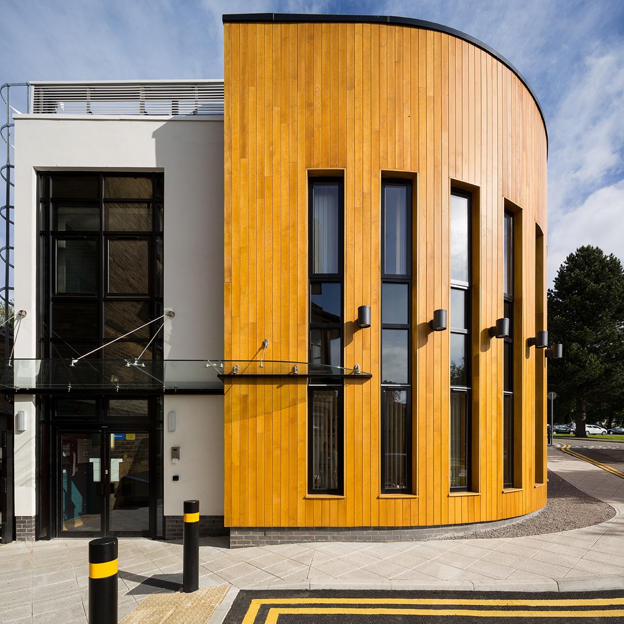 Accoya Holzfassade - Ideal für Beschichtungen