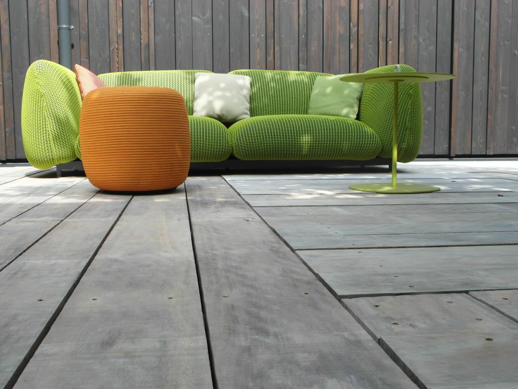 Terrasses en bois adaptées aux pieds nus