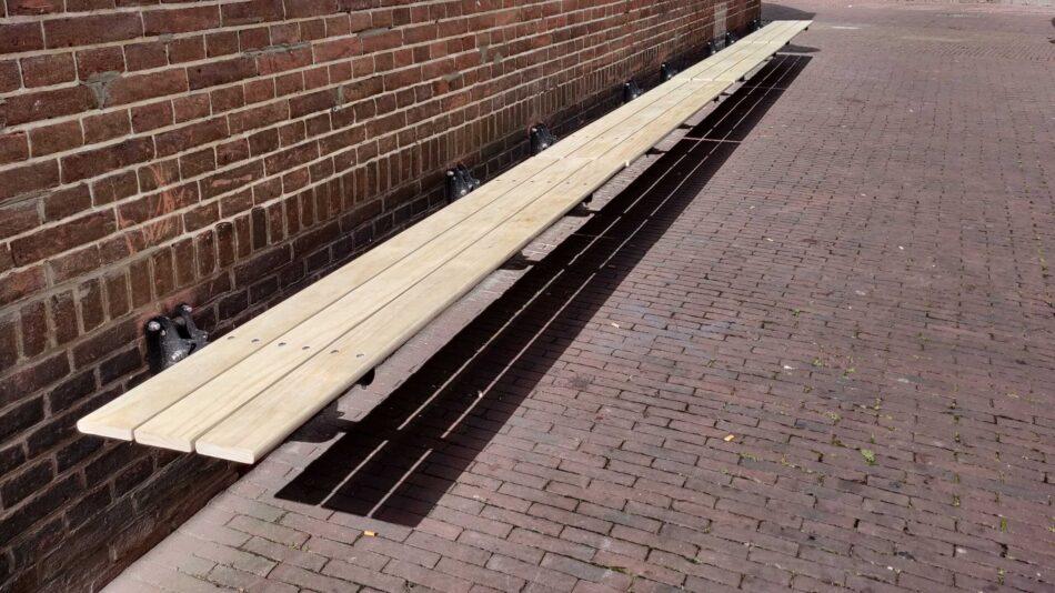 Innovative folding outdoor Accoya bench for cafe Moortgat, Arnhem
